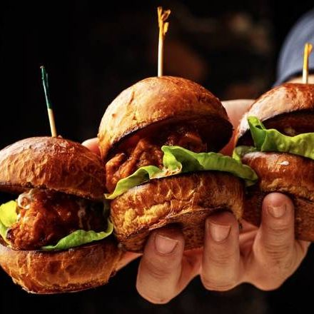 Hot Chicken Sliders