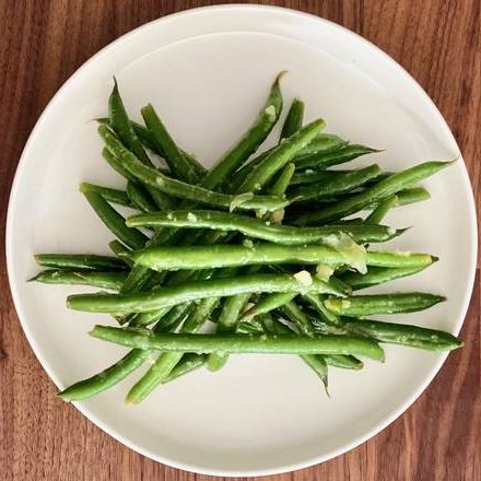 Lemon and Garlic String Beans